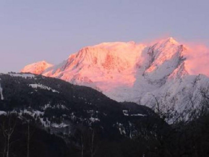 Location de vacances - Chalet à Saint-Gervais-les-Bains - Fabuleux coucher de soleil sur le Mont-Blanc