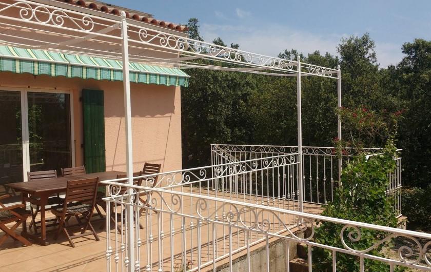 Location de vacances - Villa à Roche-Saint-Secret-Béconne - Les terrasses au sud pour le farniente!