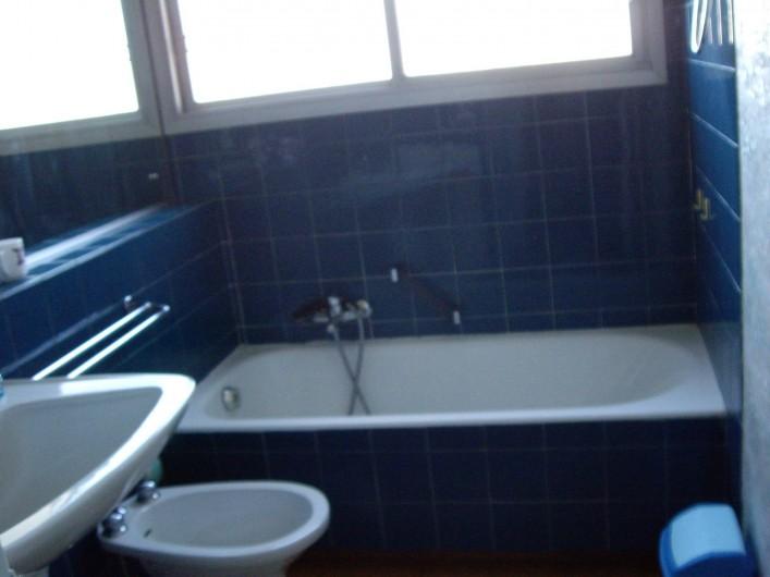 Location de vacances - Appartement à Cannes la Bocca - Salle de bain