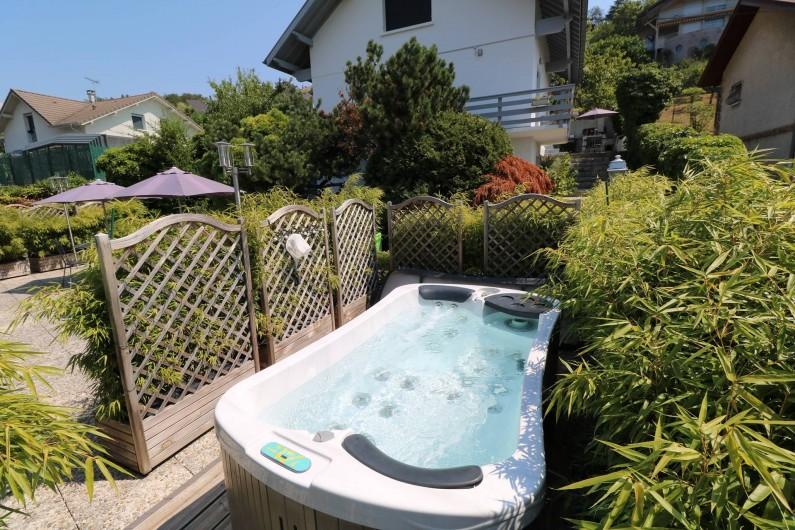 Location de vacances - Appartement à Aix-les-Bains - Alcôve détente avec votre jacuzzi 2 personnes privatif