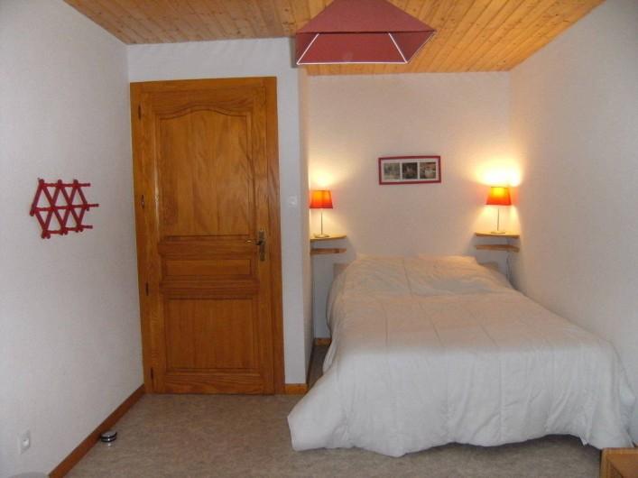Location de vacances - Appartement à Orbey - Seconde chambre avec accès extérieur