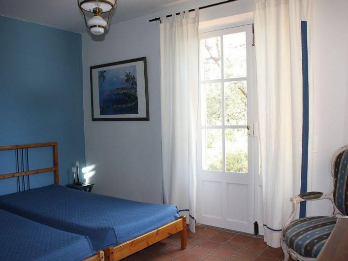 Location de vacances - Villa à Cucuron - Chambre bleue