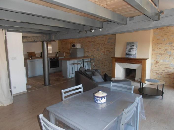 Location de vacances - Appartement à Cahors - La pièce de vie
