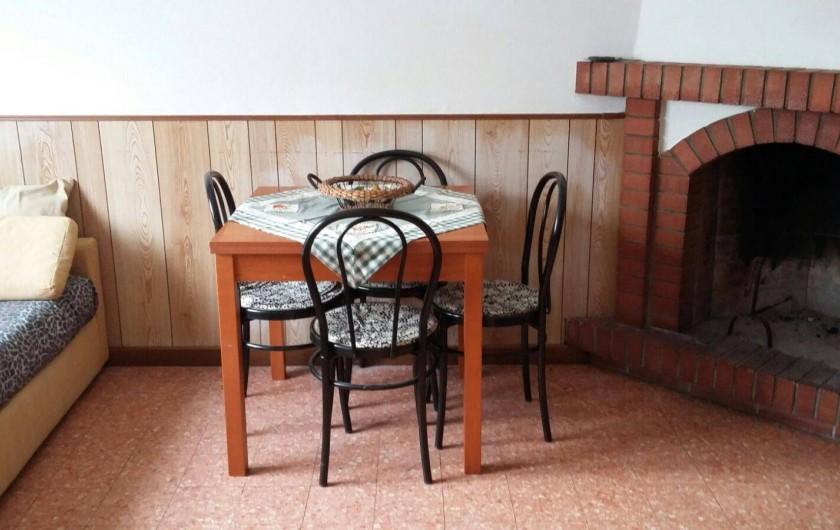 Location de vacances - Maison - Villa à Querceta - coin à manger
