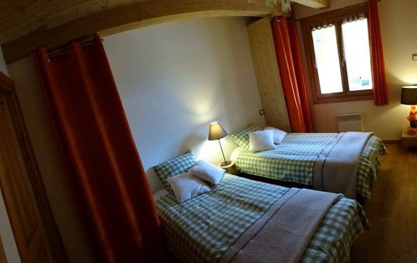 Location de vacances - Appartement à Saint-Chaffrey - Chambre 1 à 2 lits
