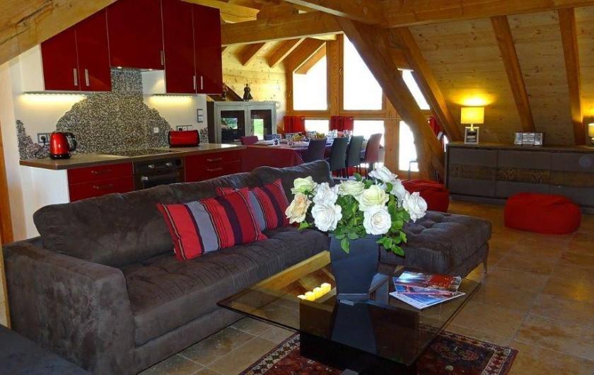 Location de vacances - Appartement à Saint-Chaffrey - Pièce de vie et cuisine