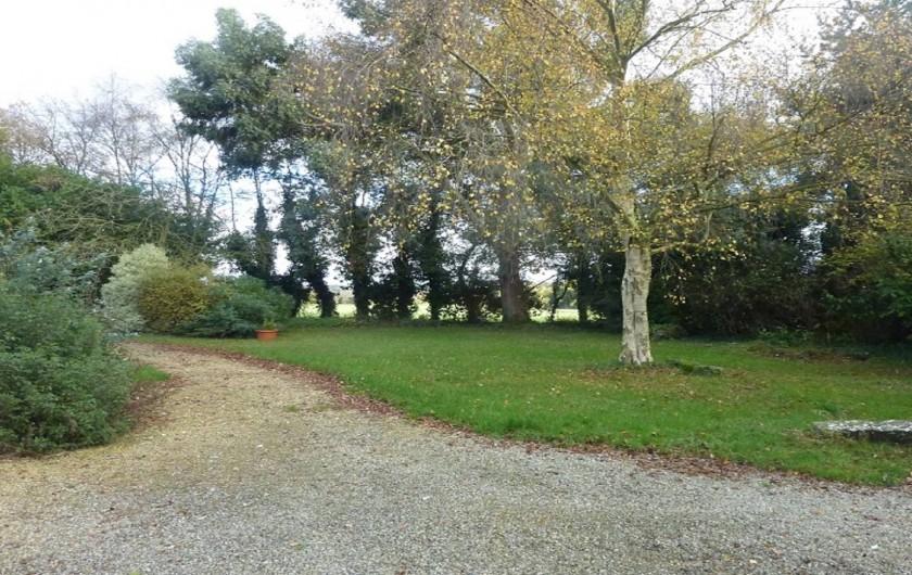 Location de vacances - Gîte à Pléven - Jardin