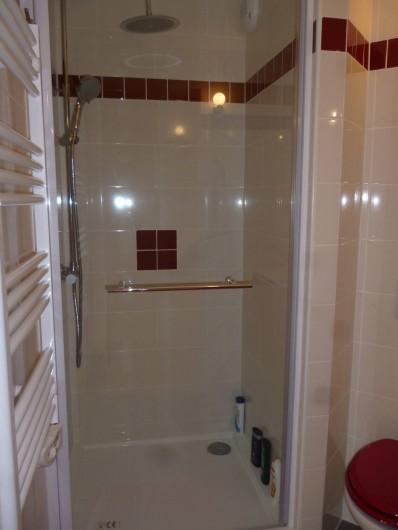 Location de vacances - Appartement à Le Corbier - Salle de bain