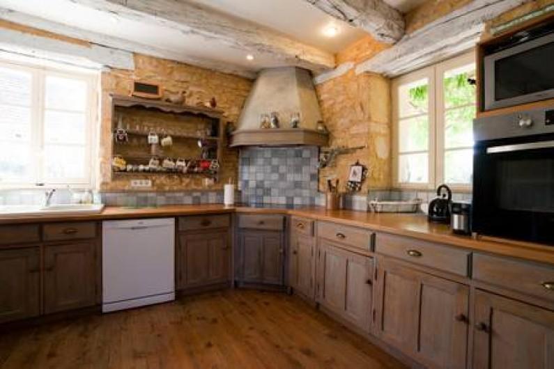 Location de vacances - Gîte à Sainte-Mondane - Côté cuisine
