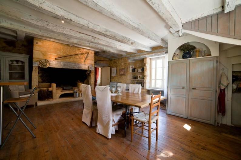 Location de vacances - Gîte à Sainte-Mondane - Pièce à vivre