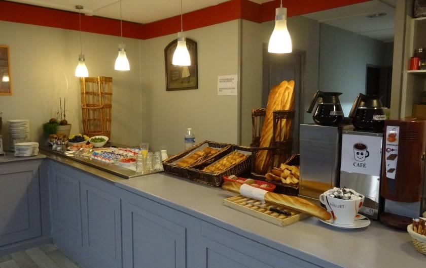 Location de vacances - Hôtel - Auberge à Saint-Aubin-sur-Scie - buffet petits déjeuners