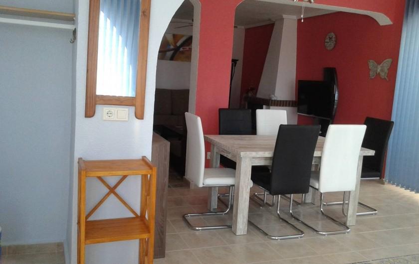 Location de vacances - Villa à Ciudad Quesada - table pour 6 personnes (ouvrir les rallonges)