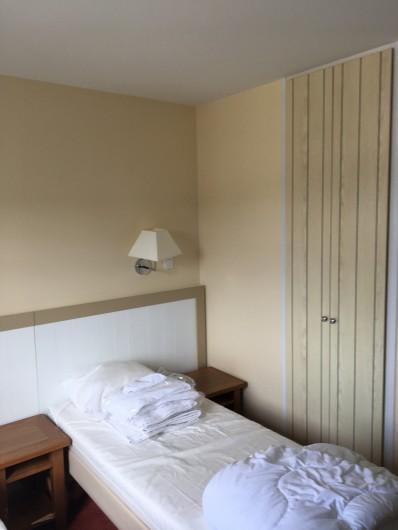 Location de vacances - Villa à Quend Plage - placard equipé en chambre , sur palier et entrée