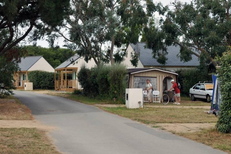 Location de vacances - Chalet à Arzon - Emplacement de camping