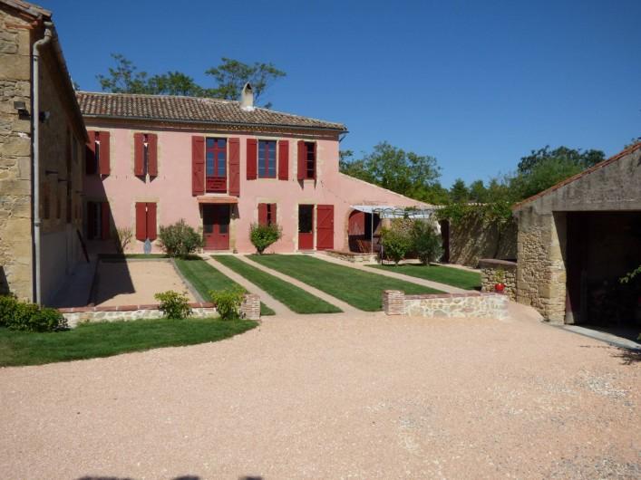 Location de vacances - Gîte à Carcassonne - Façade Domaine