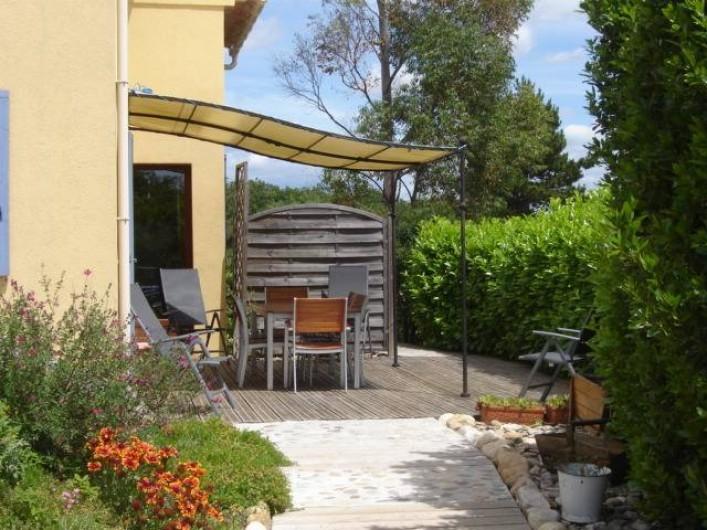 Location de vacances - Villa à Saint-Julien-de-Cassagnas - La terrasse côté sud