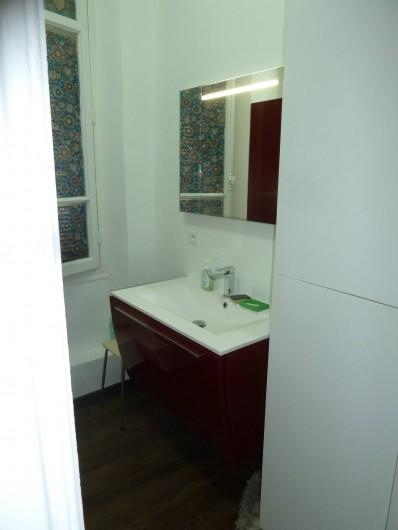 Location de vacances - Appartement à Vallauris - salle de bains