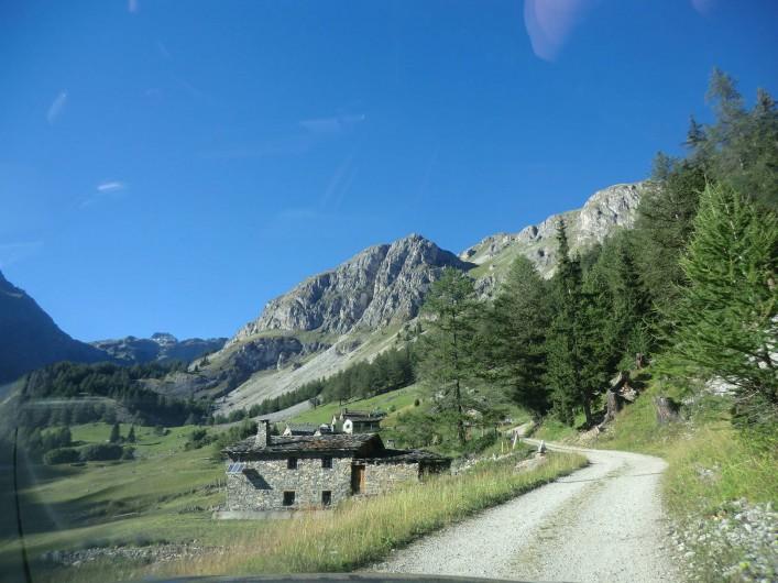 Location de vacances - Chalet à Station de Valfréjus - Route d'accès