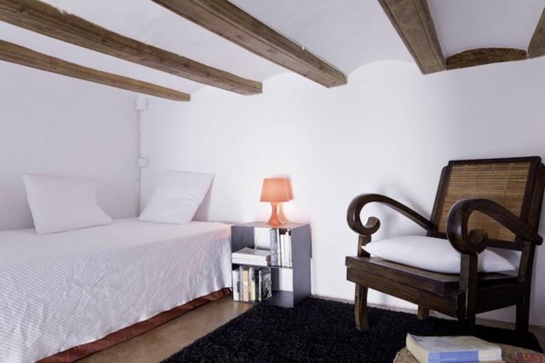 Location de vacances - Appartement à Barcelone - Coin mezzanine Chambre Lit simple