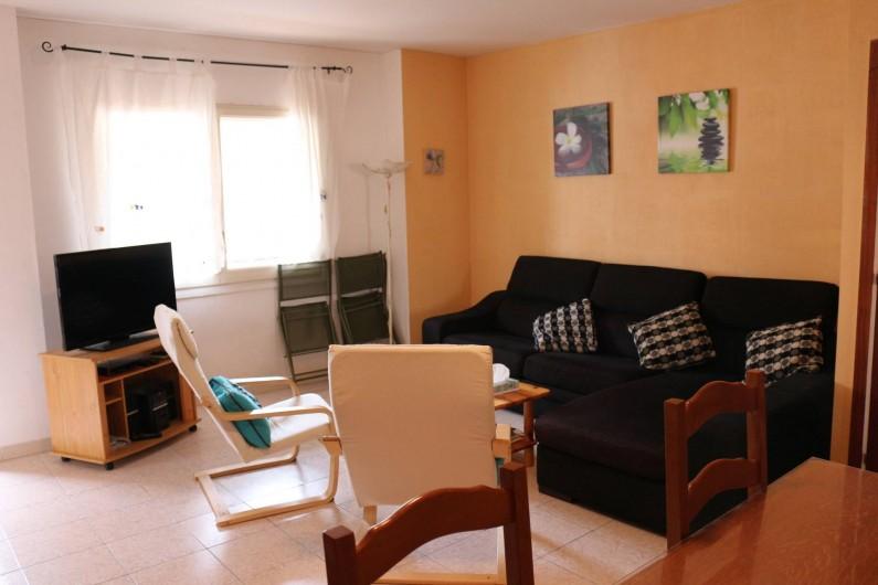 Location de vacances - Appartement à Llançà - Sallon, accès balcon, avec télévision, lecteur DVD, CD