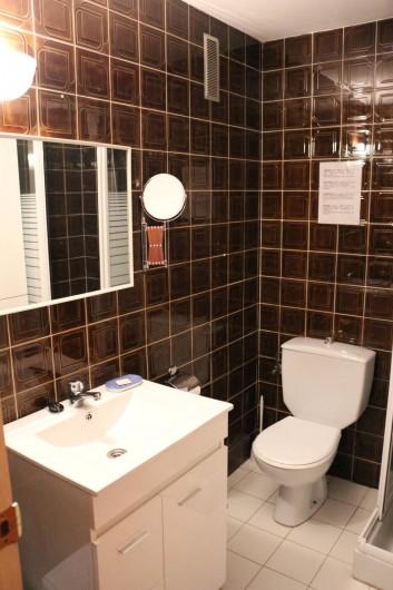 Location de vacances - Appartement à Llançà - Salle de douche et WC