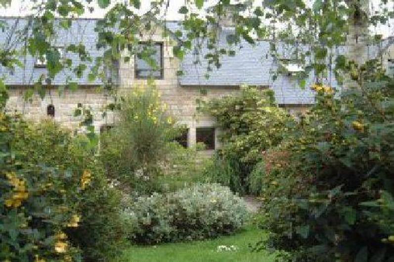 Location de vacances - Gîte à Fouesnant - Jardin Privatif