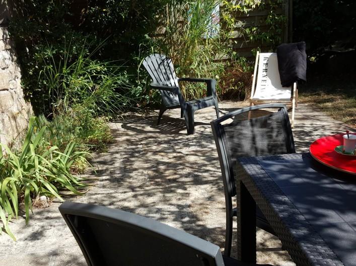Location de vacances - Gîte à Fouesnant - Terrasse protégée du vent très cooconing