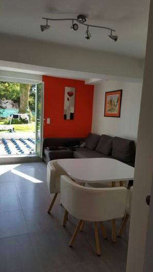 Location de vacances - Studio à Juan les Pins - Vue sur la terrasse en construction