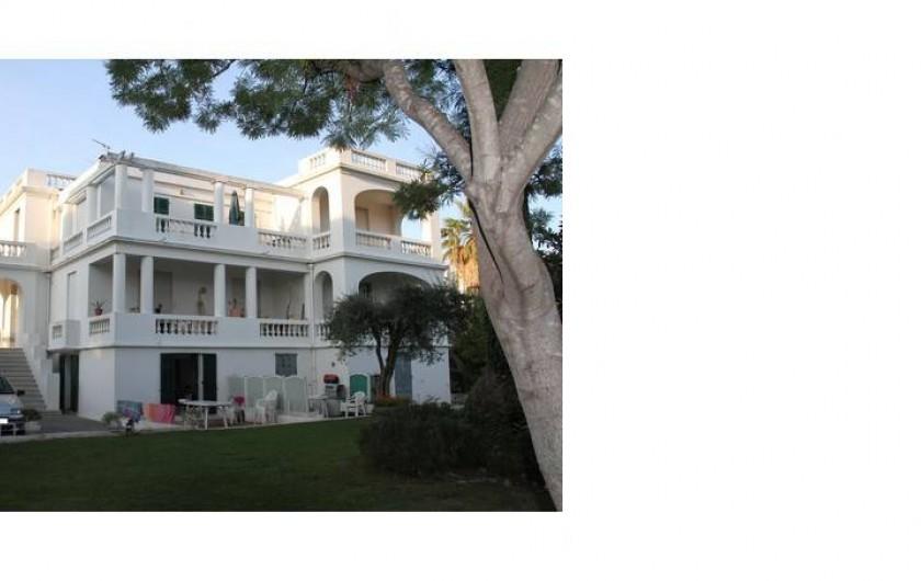 Location de vacances - Studio à Juan les Pins - Villa d'Este avec 11 studios ou appartements