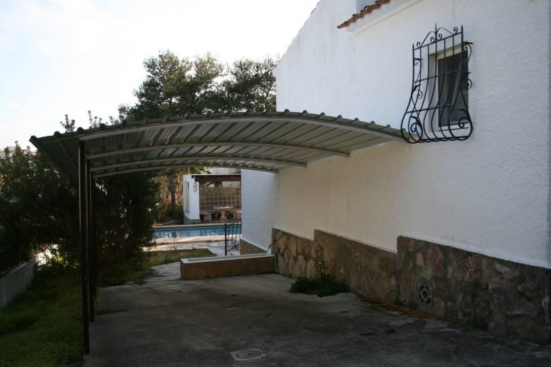 Location de vacances - Villa à Xàbia - couvert voiture