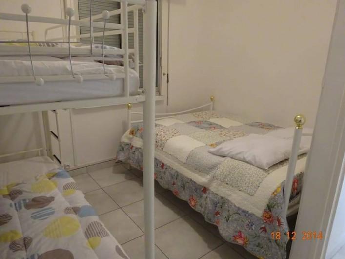 Location de vacances - Appartement à Lunel - Lit 140 + 2 lits superposés. Literie neuve