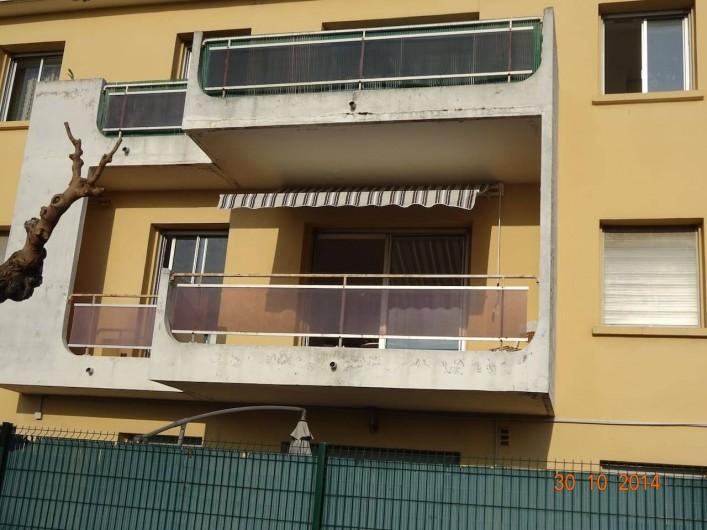 Location de vacances - Appartement à Lunel - apt sans vis à vis, 1 place parking sécurisé. petite copropriété