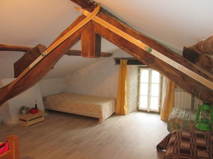 Location de vacances - Gîte à Malvezie - la chambre Trappeur