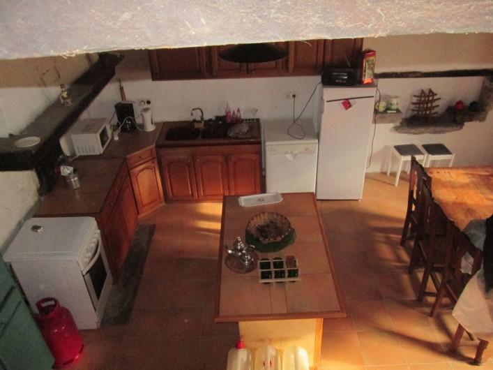 Location de vacances - Gîte à Malvezie - La cuisine équipée