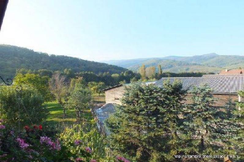 Location de vacances - Chambre d'hôtes à Soultzbach-les-Bains - Vue depuis tilleul ou Mirabelle