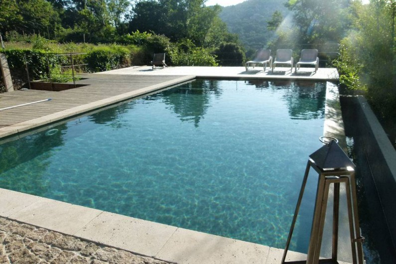 Location de vacances - Chambre d'hôtes à La Garde-Freinet - piscine en pleine nature
