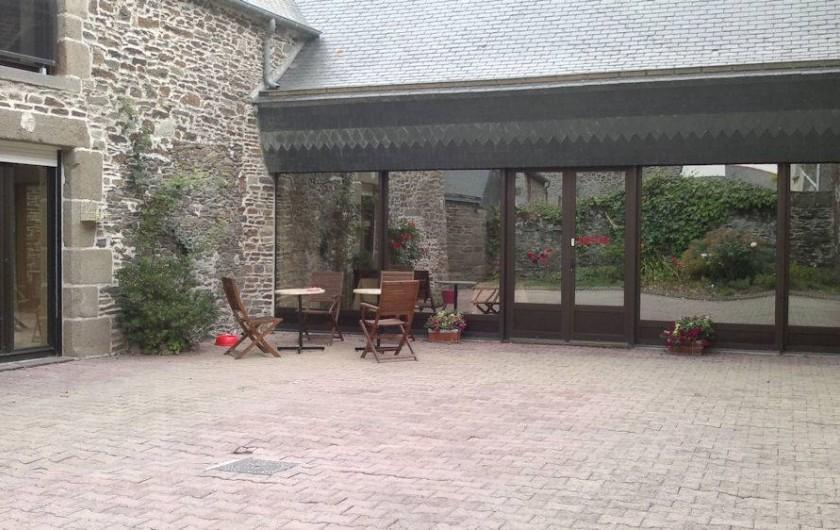 Location de vacances - Chambre d'hôtes à Hirel - cour interrieur