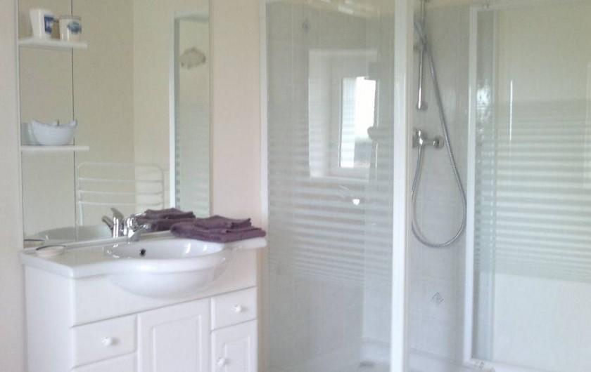 Location de vacances - Chambre d'hôtes à Hirel - salle d'eau pecheur