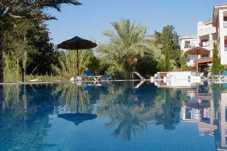 Location de vacances - Appartement à Kato Paphos -  Piscine que l'on voit depuis notre terrasse