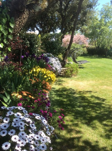 Location de vacances - Chambre d'hôtes à La Bruguière - Jardin
