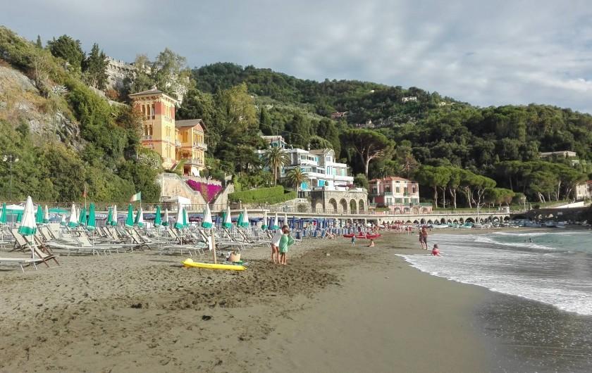 Location de vacances - Appartement à Levanto - Autre vue de la plage de Levanto