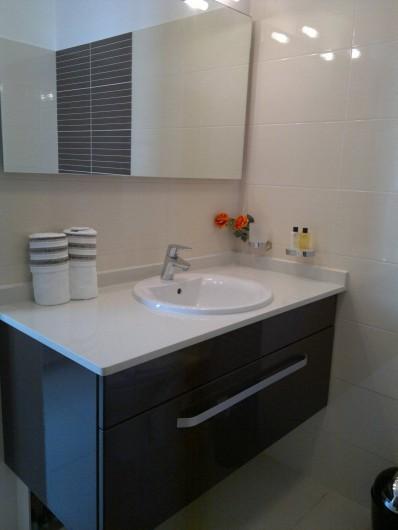Location de vacances - Maison - Villa à Les Trois-Îlets - salle de bain 2