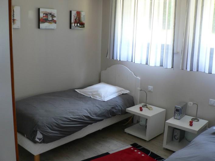 Location de vacances - Gîte à Ribeauville - Chambre avec deux petits lits