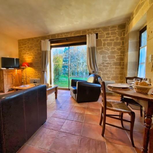 Location de vacances - Chambre d'hôtes à Saint-Crépin-et-Carlucet - Séjour gîte