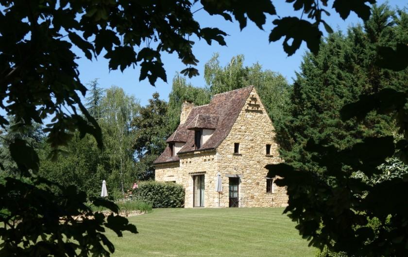 """Location de vacances - Chambre d'hôtes à Saint-Crépin-et-Carlucet - Chambre """"Virginie"""""""