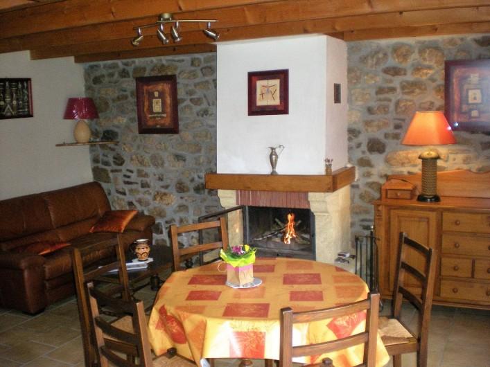Location de vacances - Gîte à Telgruc-sur-Mer - Salon, Salle à  manger