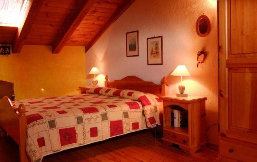 Location de vacances - Appartement à Saint-Nicolas - Chambre sous les combles