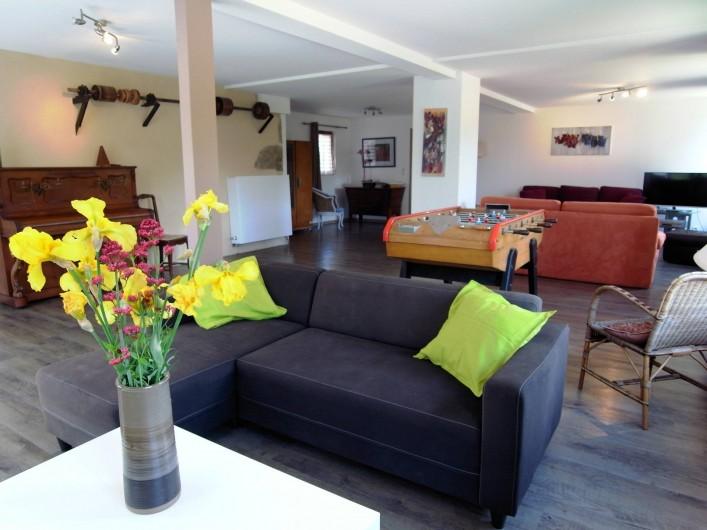 Location de vacances - Gîte à Charensat - Le salon