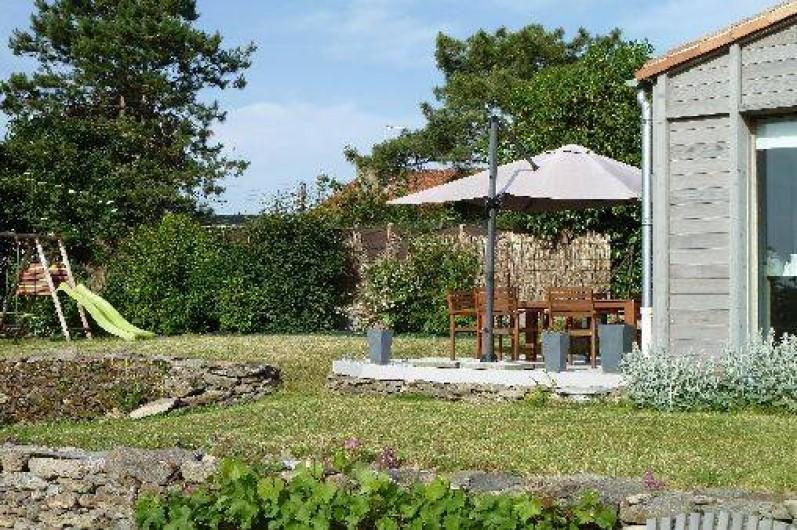 Location de vacances - Gîte à Château-Guibert - Terrasse de la cuisine