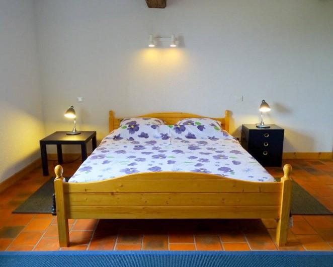 Location de vacances - Maison - Villa à Poisson - La grande chambre avec le double lit 160x200cm